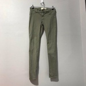 Abercrombie & Fitch Straight Leg Jeans Size 2